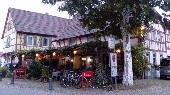 Restaurante-Pizzería Salmen, Gaggenau, Alemania.