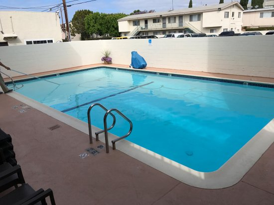 Comfort Inn Santa Monica: Klein zwembadje