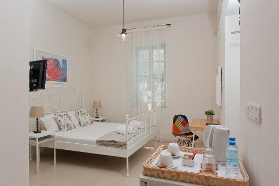 Interior - Picture of Shongas Inn, Deryneia - Tripadvisor