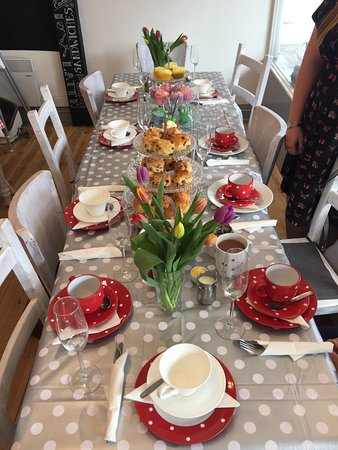 West Malling, UK: We don't just do breakfasts! Come and join us for a cream tea £3.95, or book for afternoon tea £