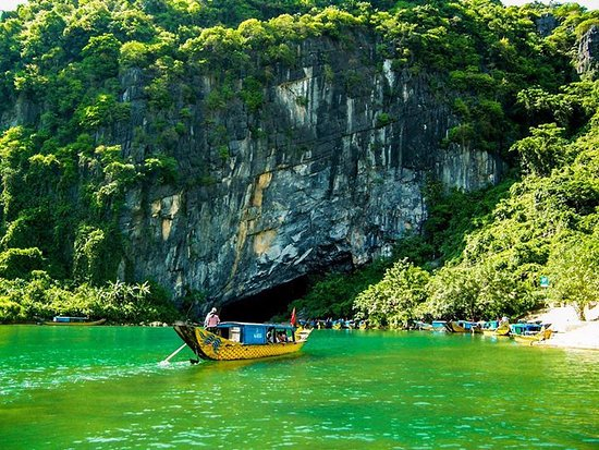 Phong Nha Tourist