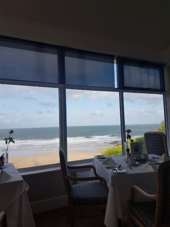 Watersmeet Hotel: stunning view for breakfast