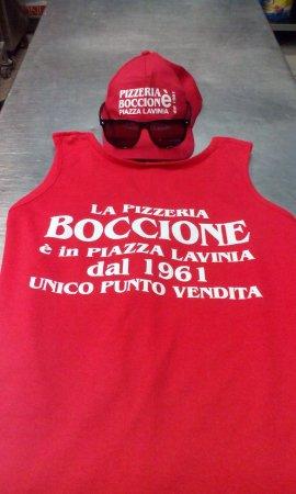 Lavinio Lido di Enea, อิตาลี: Boccione, in Piazza Lavinia. Unico punto vendita! ;)