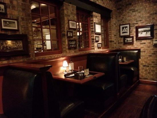 Glastonbury, CT: Inside the Restaurant