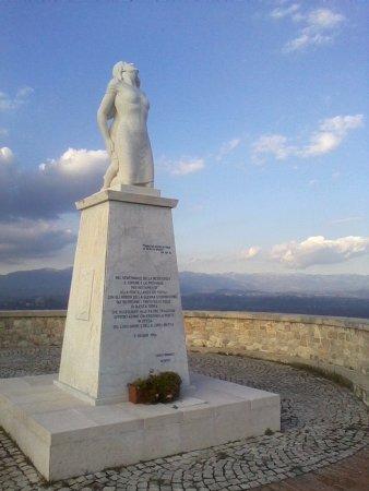 Monumento alla Mamma Ciociara