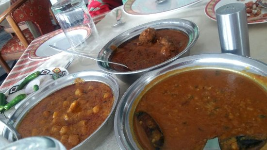 The Dhauladhar - HPTDC: Khatta meat and Chana Madra
