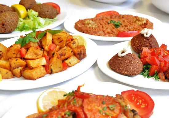 Le Meze De Syriana Sont Des Plats Varies De Toute La Cuisine