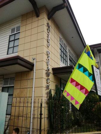 Davao City, Filippijnen: 外観です。タクシードライバーも判らないみたいでした。