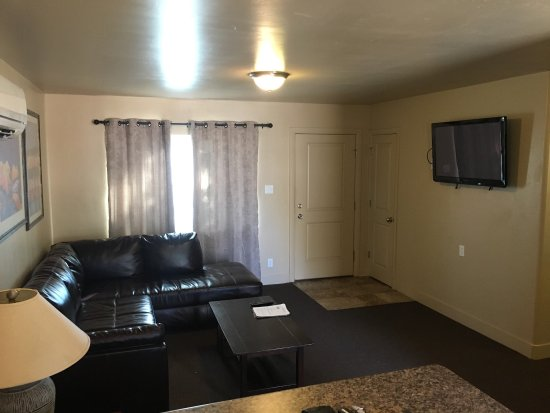 Lake Powell Motel: photo1.jpg