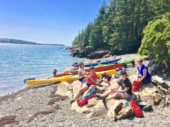 Breakwater Kayak Co., LLC - Day Tours