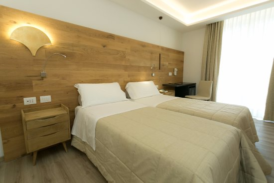 Hotel Abano Verdi Terme: Camera doppia Delux
