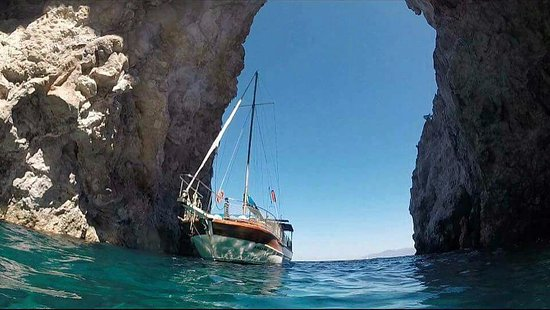 Boat Tours in Sifnos