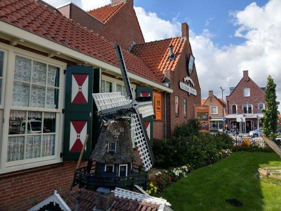 Volendams Museum: JPEG_20170912_141412_1434774552_large.jpg