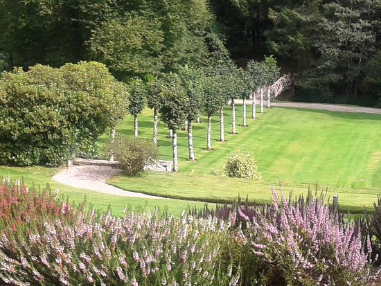 Chagford, UK: The grounds