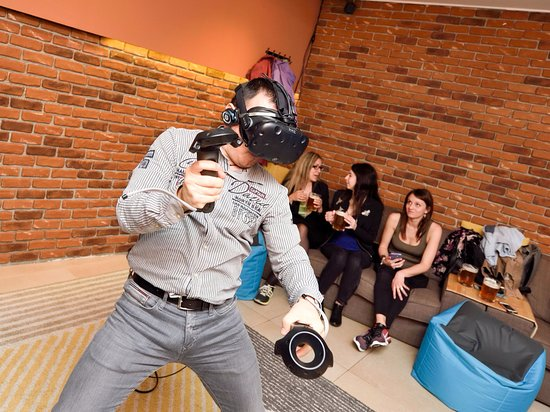Virtual Reality Bar Escape Room Gin&Tonic