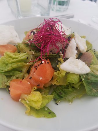 Eckstein : A play on Sashimi Salad