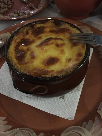 Traditional Greek Tavern Giannoulis The Best Moussaka In Naxos