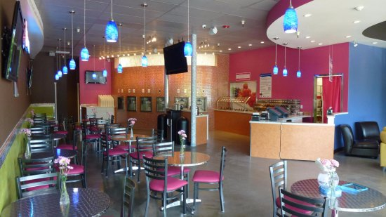 Port Orchard, WA: Frozen yogurt with over 70 toppings, smoothies, bakery and more