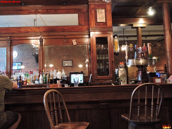 Lead, Νότια Ντακότα: Bar
