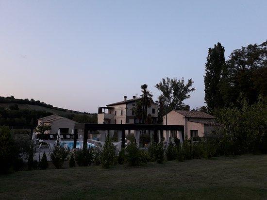 Montalto delle Marche, Italia: 20170820_195644_large.jpg