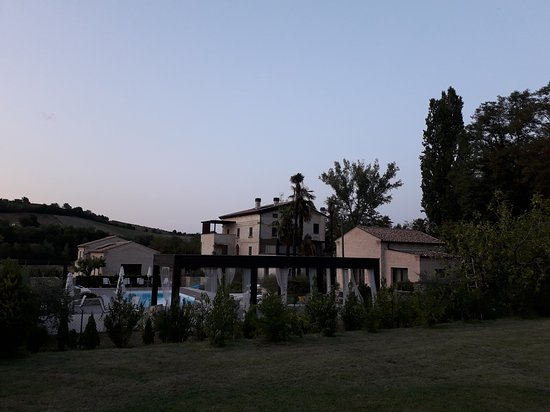 Montalto delle Marche, Italië: 20170820_195644_large.jpg