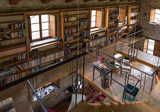 Sant'Agata Feltria, Италия: Library in the Casa Maestra.