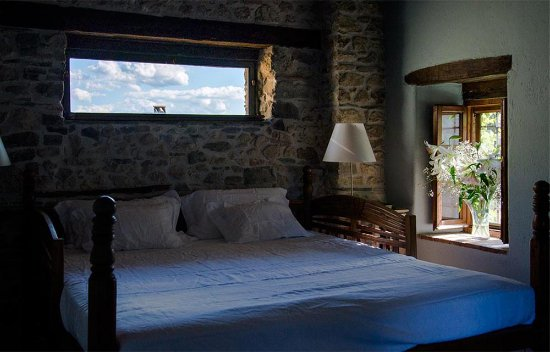 Sant'Agata Feltria, Италия: Rose room in the Casa Maestra.