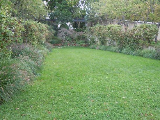 Jardin Rouge Picture Of Parc Andre Citroen Paris Tripadvisor