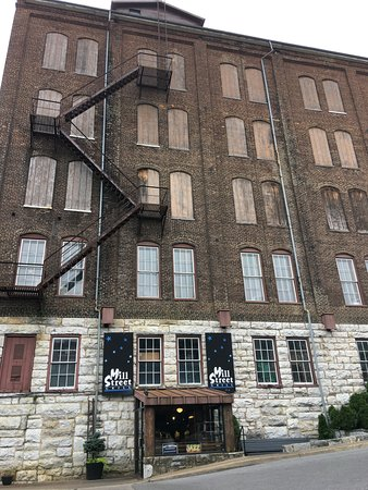Staunton, VA: The Mill building