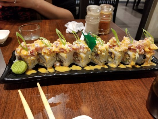 Central Luzon Region, Philippines: Spicy Tuna Roll