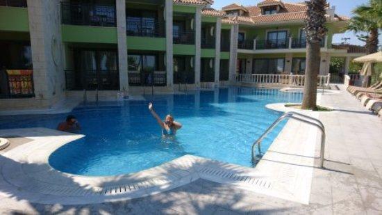 Tsilivi Beach Hotel: 1503132112876_large.jpg