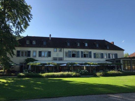 Port-Lesney, Francia: Très belle demeure en Franche Comté
