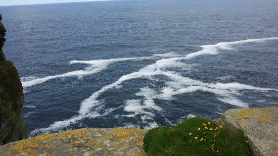 Mainland, UK: alta scogliera spettacolare