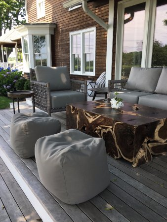 Shinn Estate Farmhouse: Side porch patio - perfect for sipping coffee or tasting wine