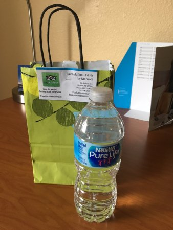 AmericInn by Wyndham Duluth : nice touch for Marriott Gold members was soft bag with water, powdered drink supplement and post