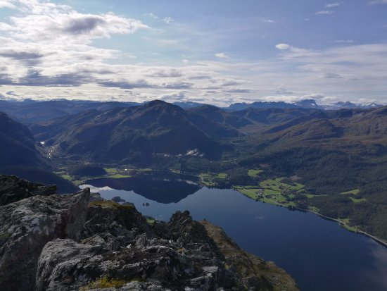 Volda, Norway: Utsikt frå Keipen til Bjørkedalsvatnet i Bjørkedalen