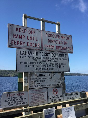 Lahave Ferry: Ferry sign at east side dock