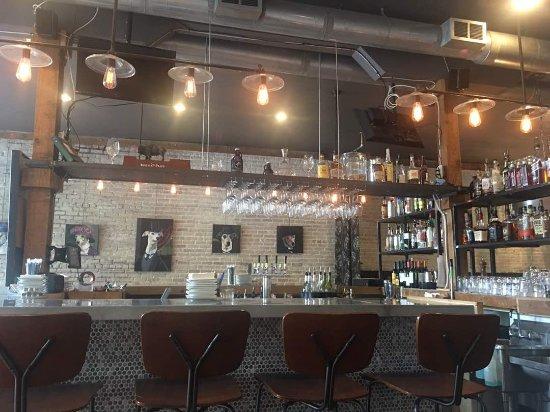 Lilburn, GA: Bar area