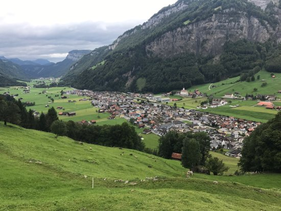 Muotathal, Suiza: Beautiful City!
