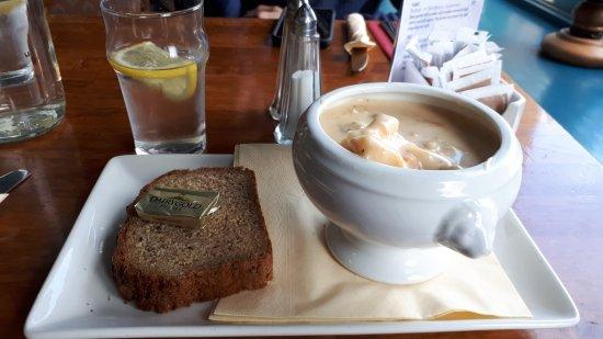 Furbo, Irlanda: Great food . Fabulous chowder