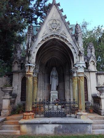 Cimitero cittadino