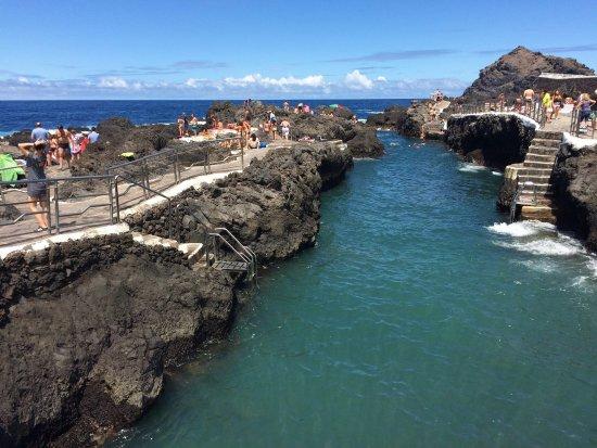 Photo de piscinas naturales el calet n for Piscinas naturales en el sur de tenerife