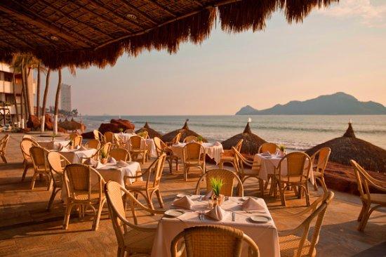 El Cid El Moro Beach Hotel Photo