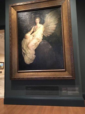 I am a museum full of art book