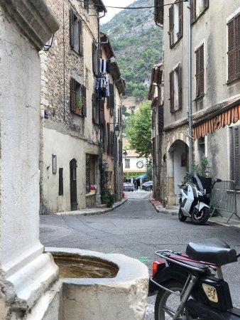 Saint-Jeannet, Frankrig: Vue de Saint Jeannet depuis Le Bivouac