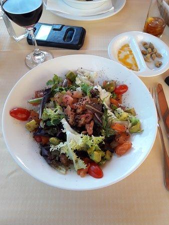 Restaurant Curia Reial SL.: Tot ven presentat.