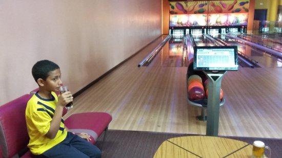 Barcelo Bavaro Palace: bowling alley