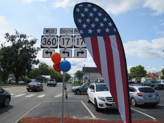 Located on the intersection of US-360 and US-17 in Tappahannock on the middle peninsula