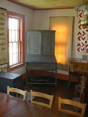 Victor, NY: Quartermaster General's desk under the command of George Washington, during the Revolutionary Wa