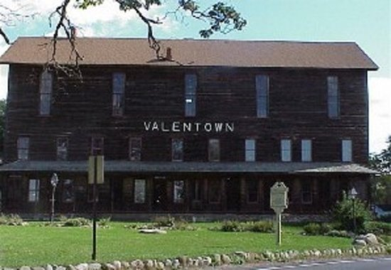 """Victor, NY: """"The Hall"""" many shops, 4 stories high"""